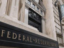 La Reserva Federal está acuñando el dólar estadounidense.